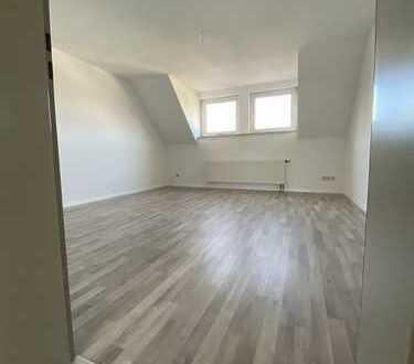3 Zimmer-Wohnung in Solingen-Gräfrath, renoviert, guter Grundriss, Gäste WC
