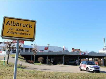 REMAX - Mehrzweckimmobilie an der Schweizer Grenze in Albbruck zu vermieten