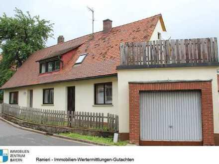 Handwerker aufgepasst ! Viel Potenzial ! Kleines Häuschen mit Garage und Terrasse in Eismannsberg