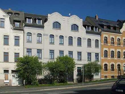 Wohnung mit Eckbadewanne, Dusche und Balkon (1.OG/r.3)