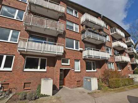 Zentral gelegene, helle 2,5-Zimmerwohnung mit Balkon in gepflegter Wohnanlage