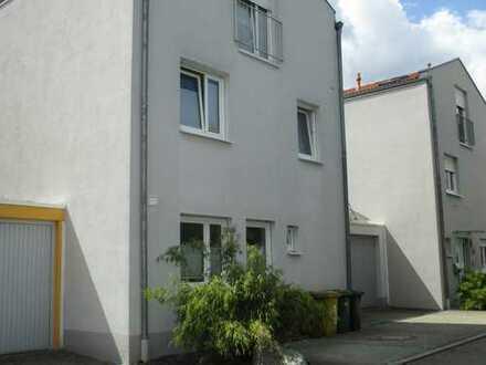 Freistehendes EFH ( 5ZKB), ca. 166, in Augsburg, Stadtteil Kriegshaber, nähe Klinikum