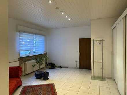 Sanierte 1-Zimmer-EG-Wohnung mit Einbauküche in Birkenfeld