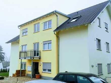 Neuwertige 3-Zimmer-Wohnung mit Terrasse und Gartenanteil in Fulda