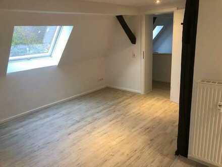 frisch sanierte traumhafte Maisonette Wohnung - Erstbezug nach Sanierung !