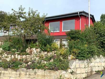 Traumhaus in herrlicher Lage mit großem Wintergarten und Terrasse mit Weitblick