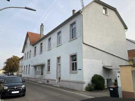 2 Zi. Wohnung in Karlsdorf-Neuthard