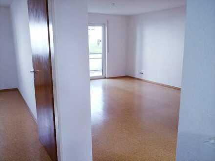 Schöne 2 Zimmer Hochparterre-Wohnung mit Balkon und EBK in Heimsheim
