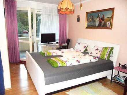 Ruhige, gepflegte 2-Zimmer-Whg, mit Blick ins Grüne