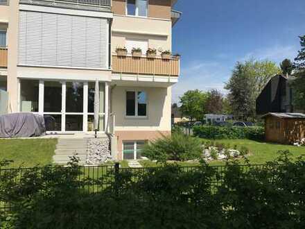 Wohnen wie im Haus! Top Ausstattung, 2 Terrassen, großer Garten, in herrlicher Sonnenlage!