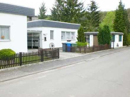 grosses Wohnhaus mit 4 Wohnungen !!!