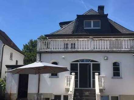 ***elegante, modernisierte Villa für Firmen als Mitarbeiterunterkunft***