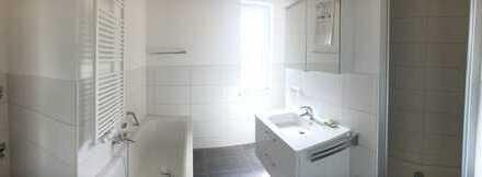 Erstbezug: attraktive 3-Zimmer-Wohnung mit Einbauküche und Balkon in Bad Königshofen im Grabfeld