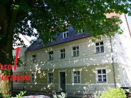 Altlandsberg bei Neuenhagen, traumhafte ruhige Lage mit Dachterasse und Einbauküche