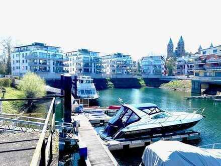 Möblierte Liebhaber-Immobilie in grüner Oase am Yachthafen