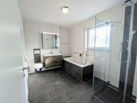 Exklusive 4,5 Zimmer Penthouse- Wohnung mit herrlicher Dachterrasse + EBK!!