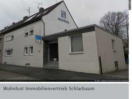 Ausreichend Platz für Ihr Gewerbe: Jülicher Heckfeld mit Ausbau-Potenzial und Wohnraum.