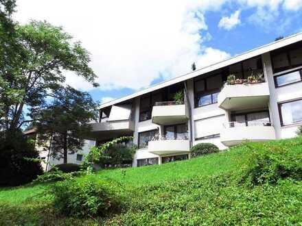 Exklusives Wohnen im Dachswald: sofort freie 3 ½-Zimmer-Maisonette-Wohnung mit 2 Balkonen und Garage