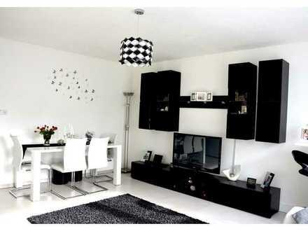Moderne und komplett möblierte 3-Zimmer-Wohnung in zentraler Lage mit Blick in den Park