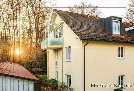 Da lässt's sich leben: Schicke 2-Zimmer-Dachgeschosswohnung am Geretsrieder Wald