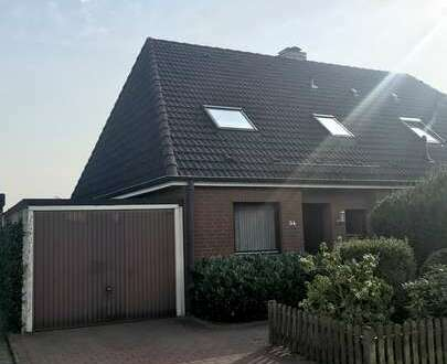 Gepflegte Doppelhaushälfte mit Garage und Garten in ruhiger Umgebung