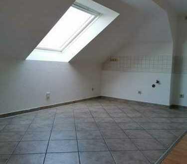 ++Singles aufgepasst++Wunderschöne Dachgeschoss-Wohnung