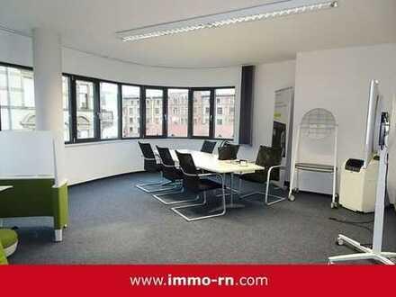 +++ HD/Bergheimerstraße: Repräsentative Bürofläche verteilt auf 165m² mit EBK und 2 Stellplätzen +++