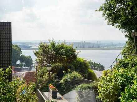 Maisonette-Wohnung mit Elbblick und Garten auf dem Süllberg