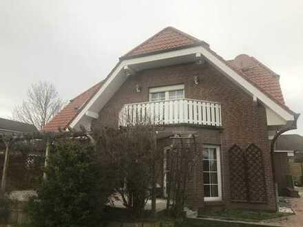 Gemütliche, gepflegte 3-Zimmer-DG-Wohnung mit Balkon in Hoiersdorf