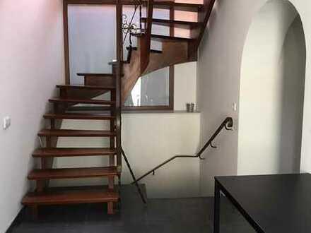 Wg Zimmer 280.0 € 18 m2