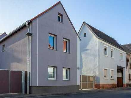 Saniertes Einfamilienhaus in zeitloser Ausstattung