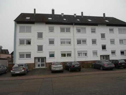 Gemütliche, renovierte 1-Zimmer-Wohnung im Dachgeschoss eines 8-Fam.-Hauses, Eggenstein!