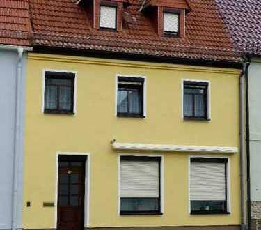 Zentrumsnahes Wohnen im modernen Stadthaus