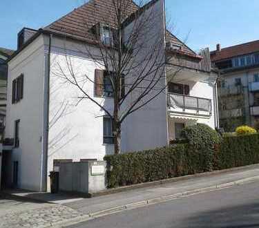 Für Eigennutzer (oder Kapitalanleger): DG-Wohnung mit großer Galerie und Balkon, ruhige Lage, TG