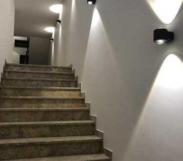 Umfassend saniertes 3- Familienhaus in Top Aussichtslage von Pforzheim !!!!Leerstehend!!!!!