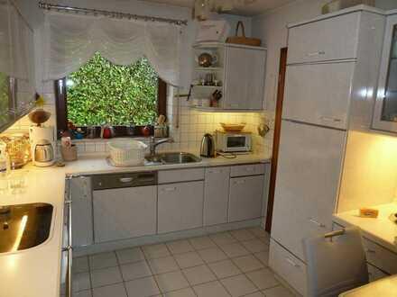 HAMBURG - ALTES LAND, Zwei Zimmer im gepflegten Landhaus