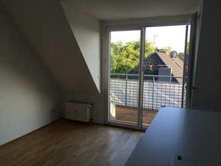 Attraktive 4-Zimmer-Dachgeschosswohnung mit Balkon in Essen-Bredeney