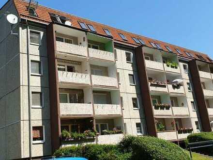 Zur Angebotsübersicht 3-Raum Wohnung in toller Lage zum Sonderpreis zu verkaufen!