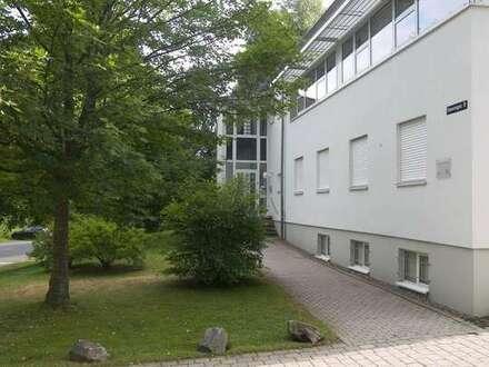 Moderne, großflächige Büroeinheit am Stadtrand!