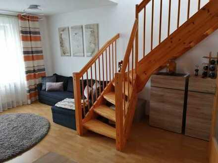 2-Zimmer-Maisonette-Wohnung mit EBK und Terrasse
