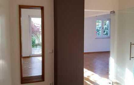 Moderne, helle und geräumige 4-Zimmer Wohnung in Oberschneiding