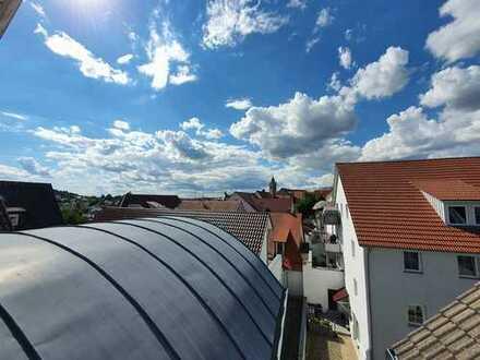 3,5-Zimmer-Maisonette-Wohnung mit Aufzug, Einbauküche und Tiefgarage in Pfullendorf