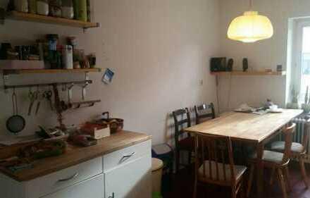 Wunderschönes 45qm Zimmer in Vaalserstraße mit Süd-Dachterasse