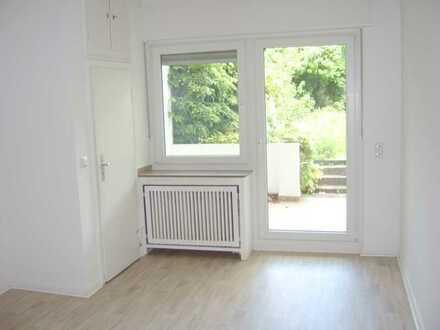 5-Zimmer-EG-Wohnung mit Terrasse und eigenem Garten
