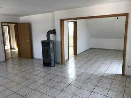 Gepflegte Wohnung mit fünf Zimmern in Pegnitz-Trockau