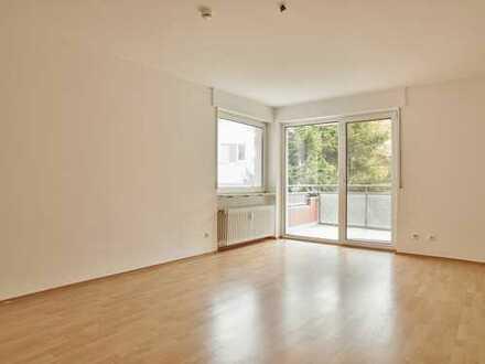 Sehr gepflegte, helle 4-Zimmer-Wohnung mit Südbalkon in Heusenstamm