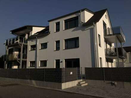 schöne 3-Zimmer Komfort-Neubauwohnung im Dachgeschoss