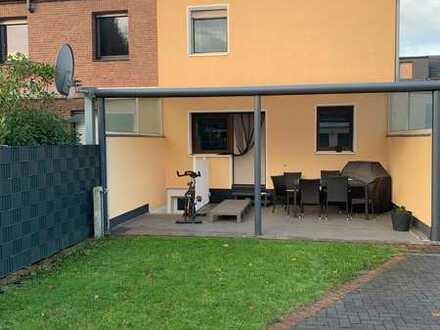 Gepflegtes 5-Zimmer-Haus mit Einbauküche in Oberhausen