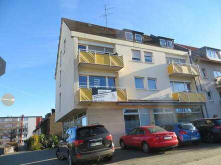 Neu renovierte 2-Zimmerwohnung inklusive Einbauküche und Waschmaschine in Nürnberg/Großreuth