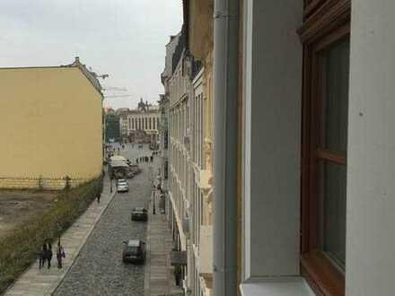 * gemütliche Wohnung in zentraler Lage im Palais am Neumarkt *